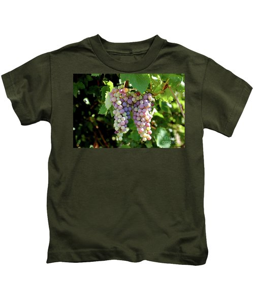 Grapes In Color  Kids T-Shirt
