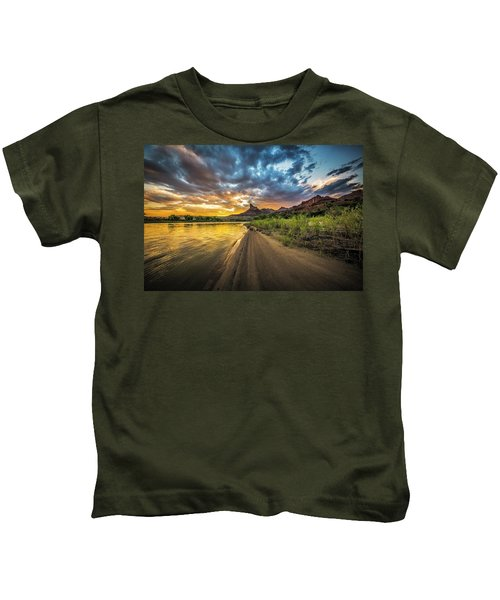 Green River, Utah 2 Kids T-Shirt