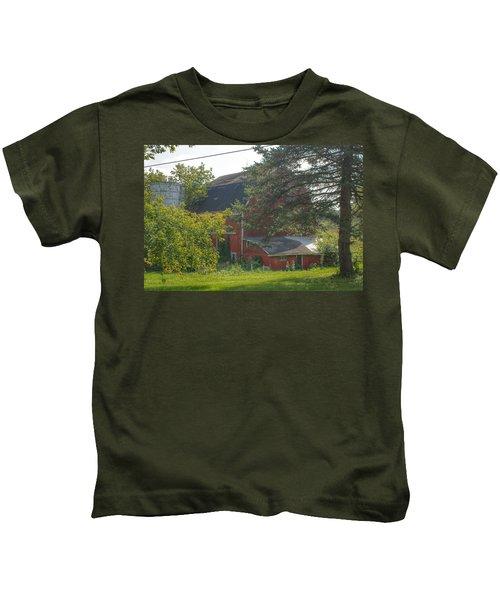 0015 - Grey Road Red I Kids T-Shirt