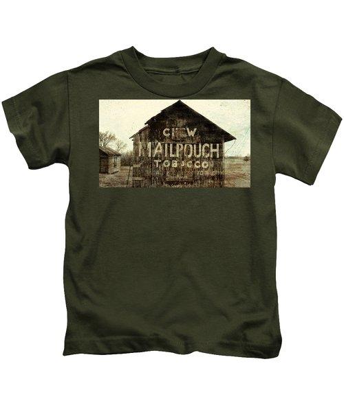 Grunge Mail Pouch Tobacco Barn Kids T-Shirt