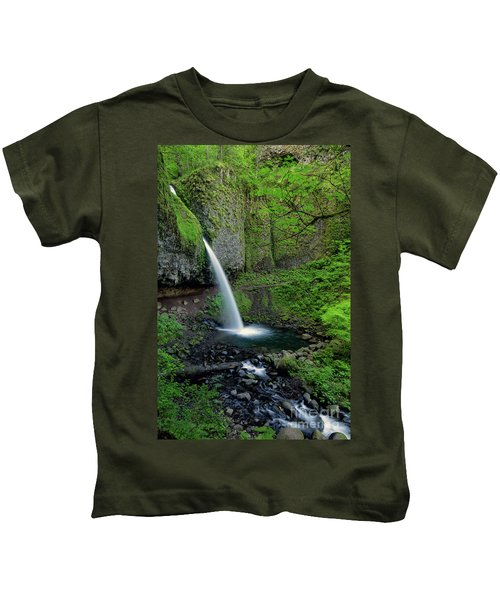 Horsetail Falls Waterfall Art By Kaylyn Franks Kids T-Shirt