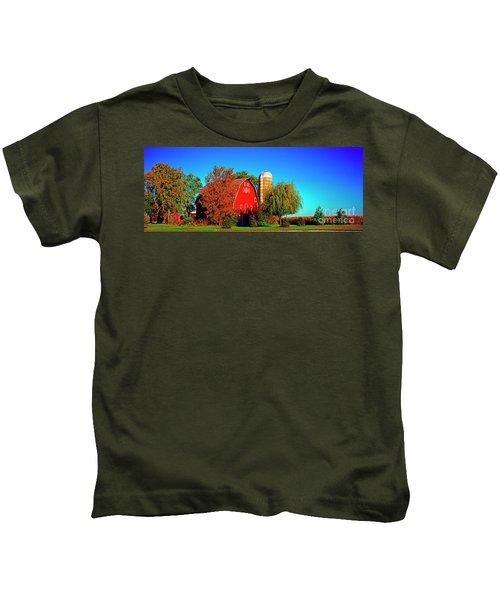 Huntley Road Barn Early Morning Kids T-Shirt