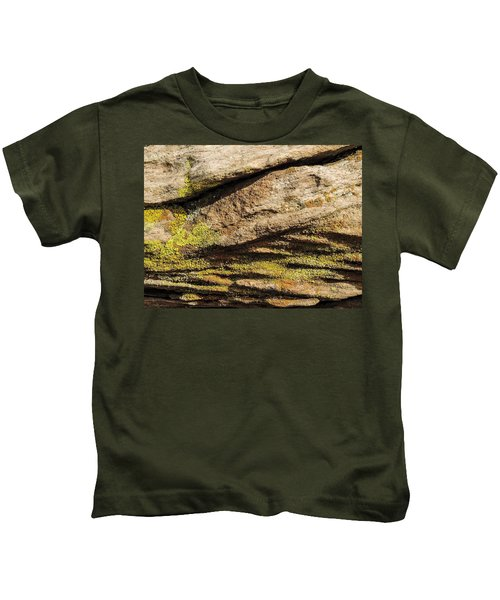 Intricate Patterns - Mosses And Lichens Kids T-Shirt