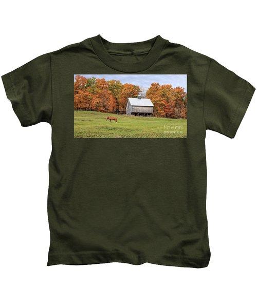 Jericho Hill Vermont Horse Barn Fall Foliage Kids T-Shirt