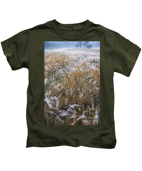 Kans Grass In Mist Kids T-Shirt