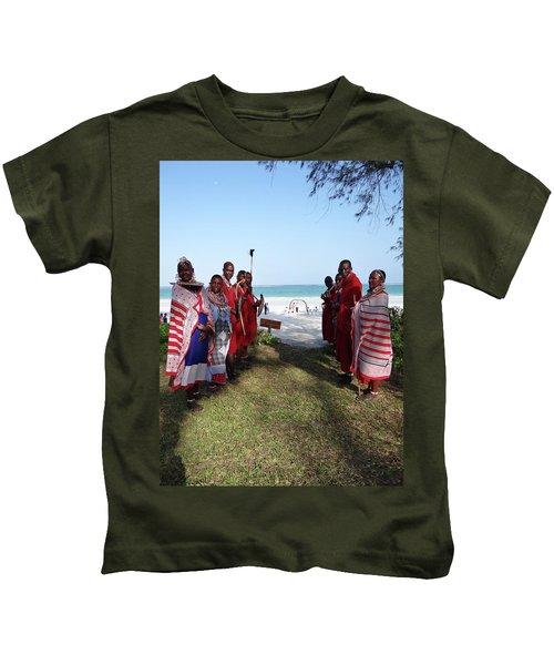 Kenya Wedding On Beach Maasai Bridal Welcome Kids T-Shirt