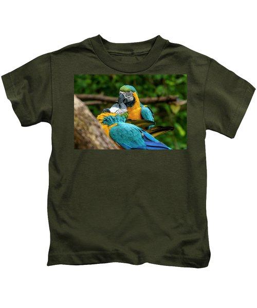 Kissing Parots Kids T-Shirt