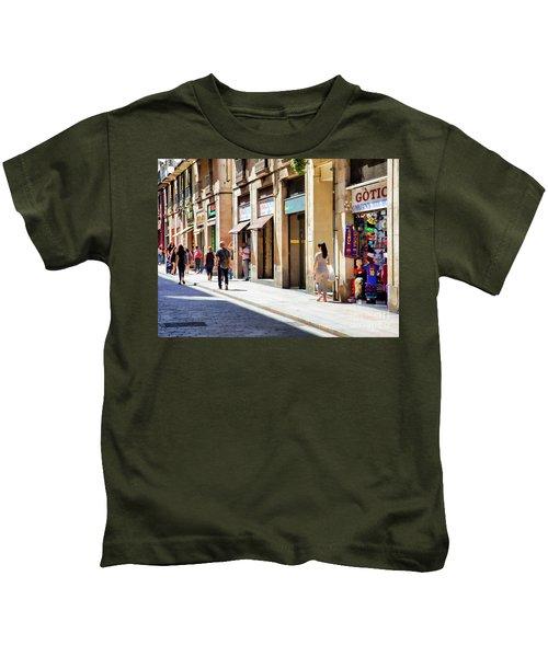 La Rambia Gothic Quarter People Streets  Barcelona Spain Life  Kids T-Shirt