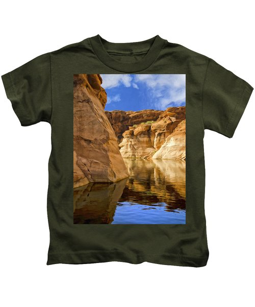 Lake Powell Stillness Kids T-Shirt