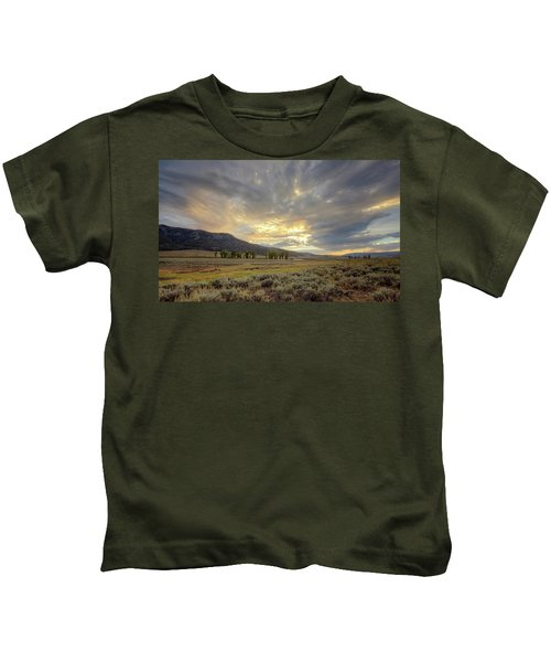 Lamar Valley Sunset Kids T-Shirt
