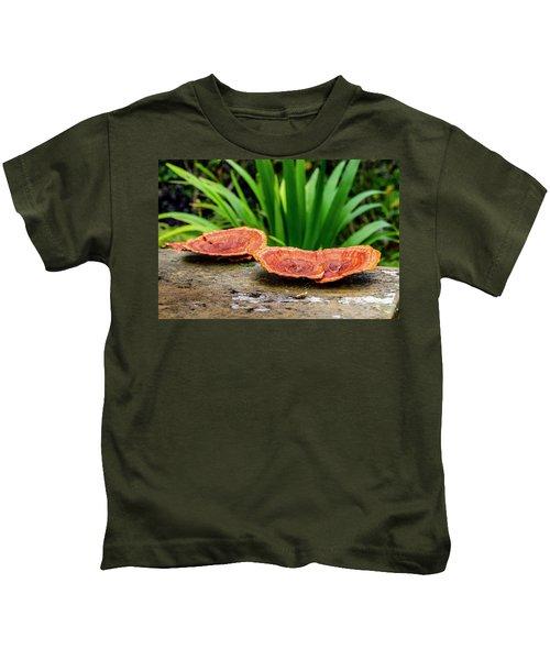 Life On A Log Kids T-Shirt
