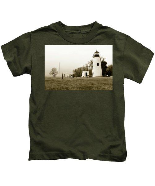 Lighthouse At Turkey Point Kids T-Shirt