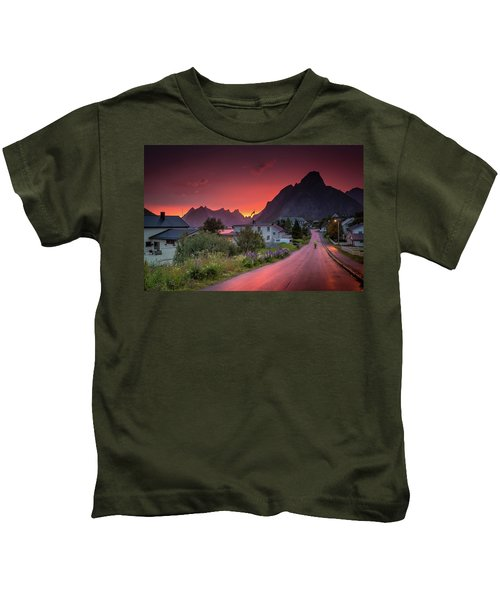 Lofoten Nightlife  Kids T-Shirt