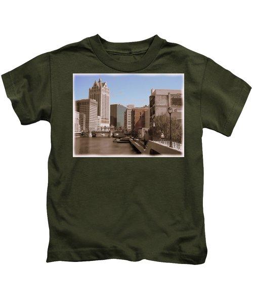 Milwaukee Riverwalk Kids T-Shirt