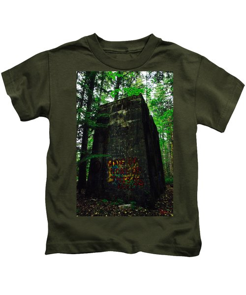 Mine 8 Matrix Kids T-Shirt