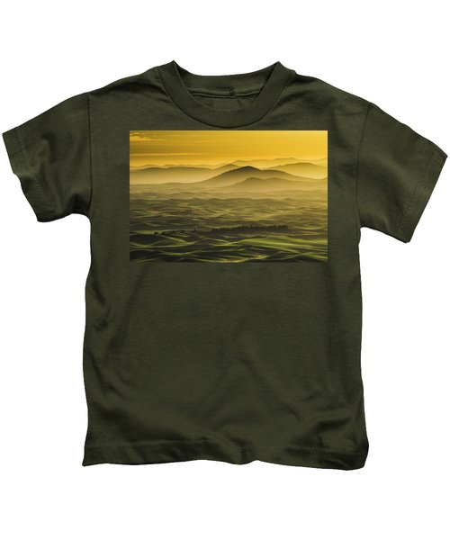 Misty Morning At Palouse. Kids T-Shirt