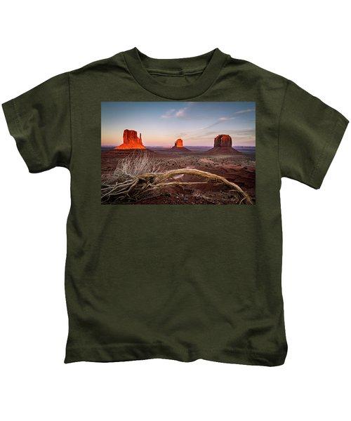 Monument Valley Sunset Kids T-Shirt