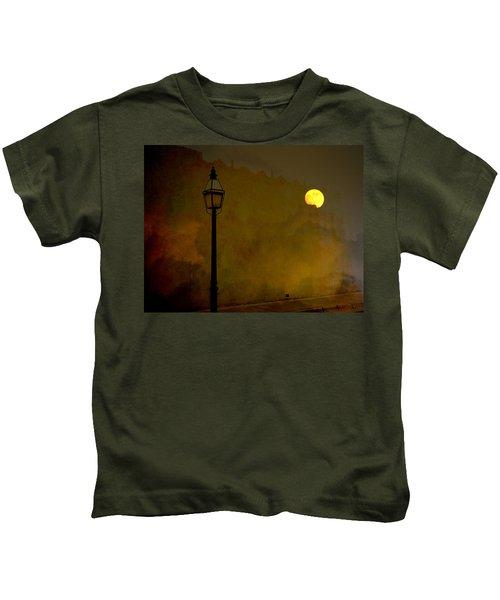 Moon Walker Kids T-Shirt