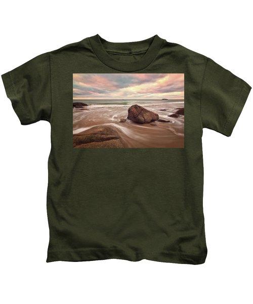 Morning Glow Singing Beach Ma Kids T-Shirt