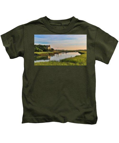 Morning On The Creek - Wild Dunes Kids T-Shirt