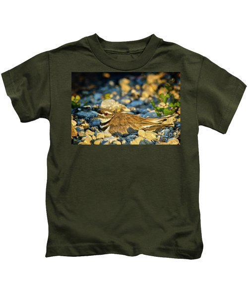 Mother Killdeer 2 Kids T-Shirt