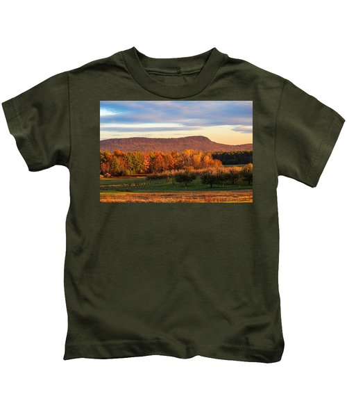 Mount Tom Foliage View Kids T-Shirt