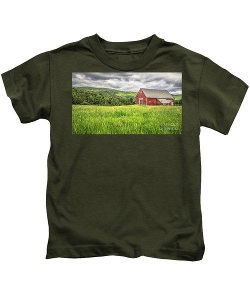New England Farm Landscape Kids T-Shirt