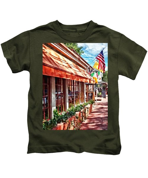 New Hope Pa - Outdoor Seating Now Open Kids T-Shirt
