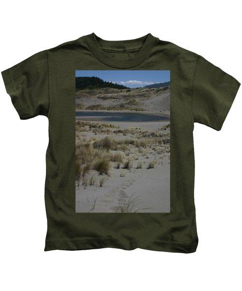 No One Is Around Kids T-Shirt