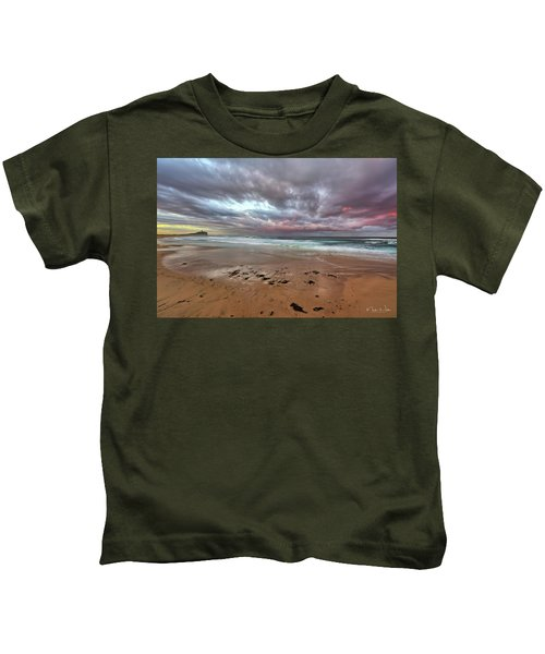 Nobbys Beach At Sunset Kids T-Shirt