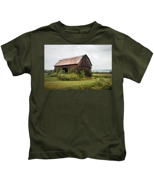 Old Barn On Seneca Lake - Finger Lakes - New York State Kids T-Shirt