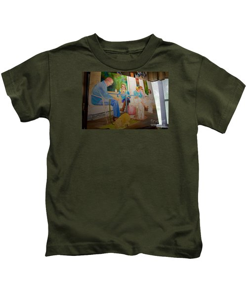 Painting Dogs On Park Avenue Kids T-Shirt