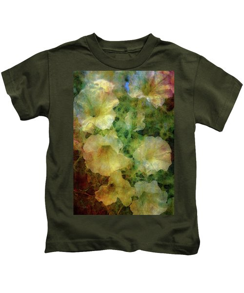Pale Petunias 5146 Idp_2 Kids T-Shirt