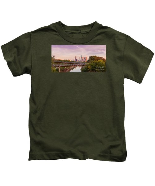 Panorama Of Downtown Houston Skyline From Studemont Drive - Buffalo Bayou Park Houston Texas Kids T-Shirt