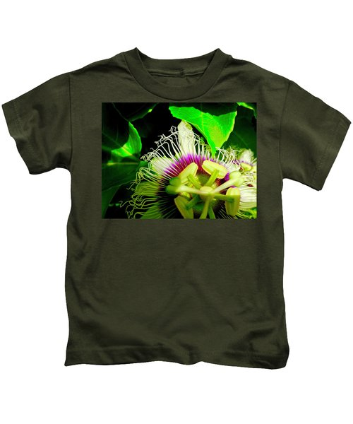 Passion Flower 2 Reflecting Kids T-Shirt
