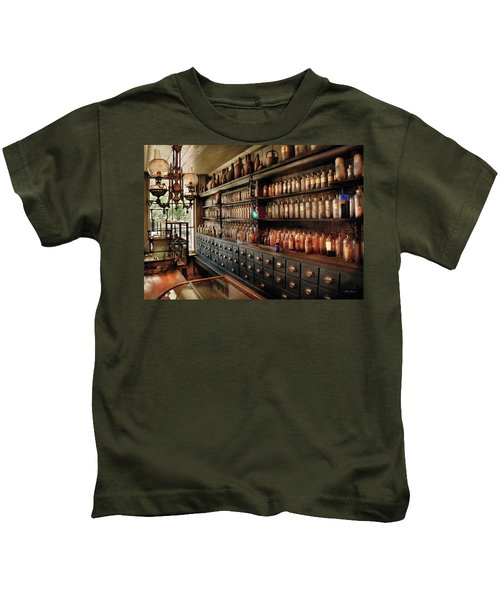 Pharmacy - So Many Drawers And Bottles Kids T-Shirt