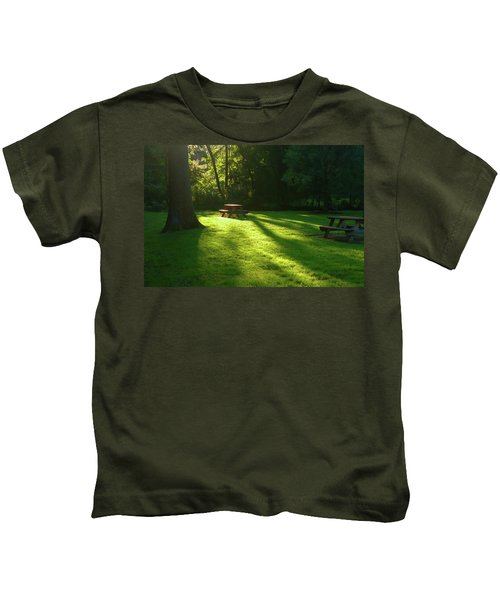 Place Of Honor Kids T-Shirt