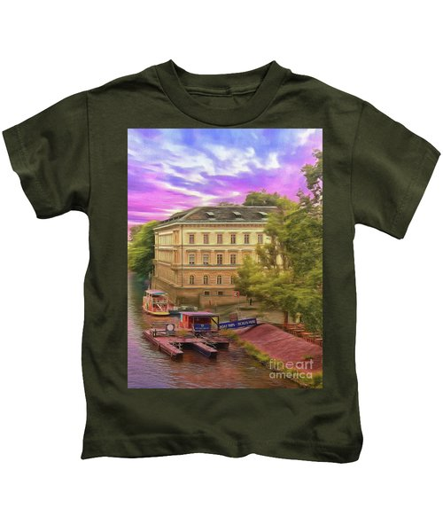 Pretty On The River - Prague Kids T-Shirt
