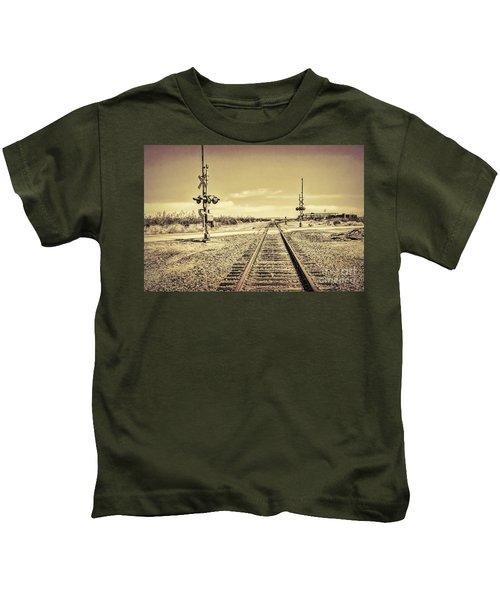 Railroad Crossing Textured Kids T-Shirt