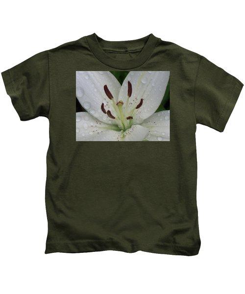 Rain Drops On Lily Kids T-Shirt