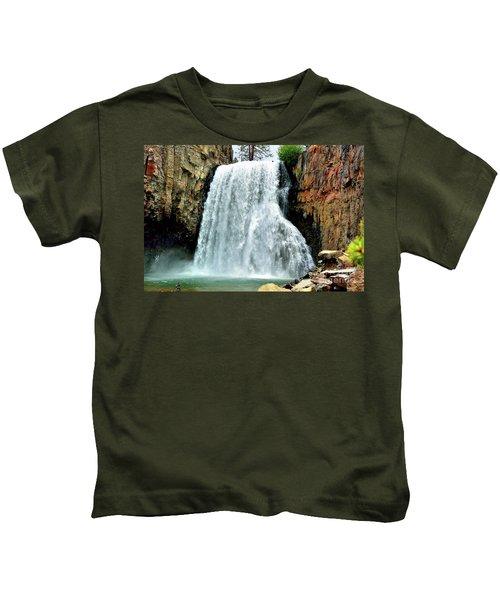 Rainbow Falls 16 Kids T-Shirt