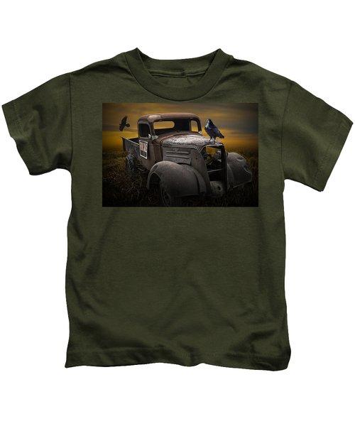 Raven Hood Ornament On Old Vintage Chevy Pickup Truck Kids T-Shirt