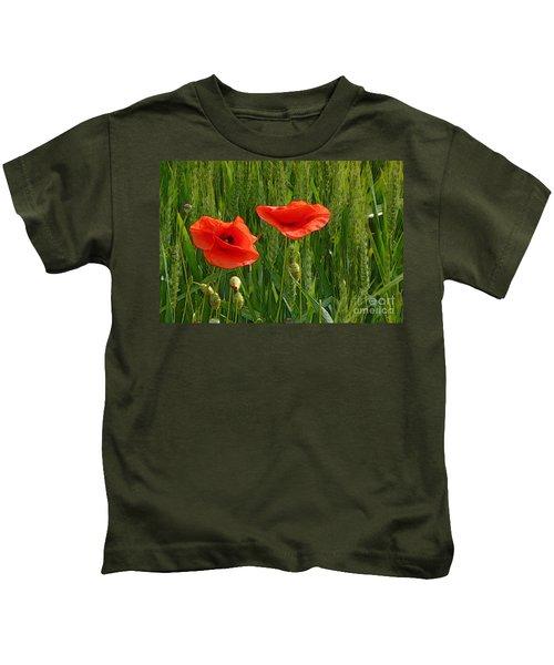 Red Poppy Flowers In Grassland 2 Kids T-Shirt