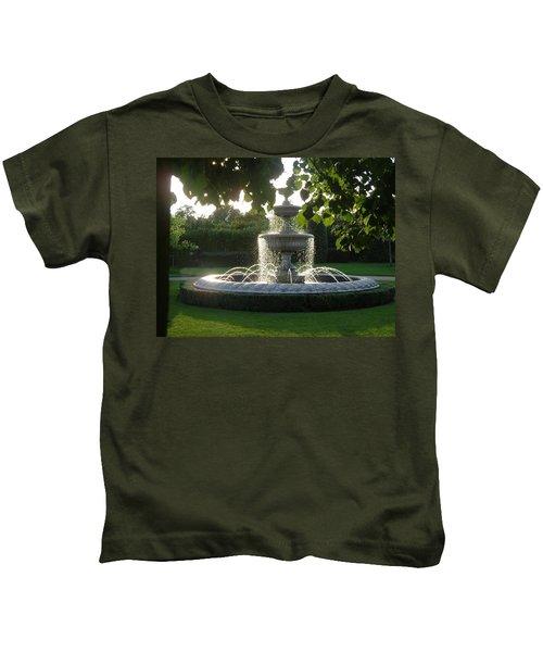 Regents Park Fountain Kids T-Shirt