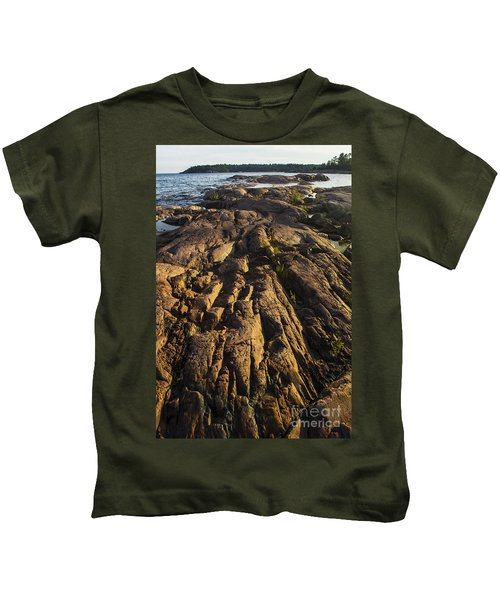 Rugged Killarney Shoreline-4441 Kids T-Shirt
