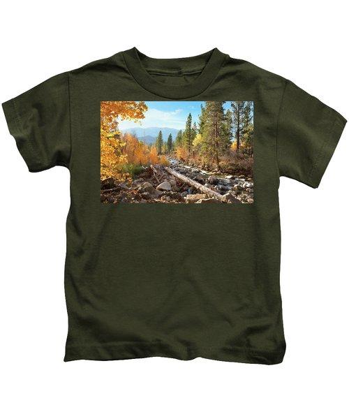 Rugged Sierra Beauty Kids T-Shirt