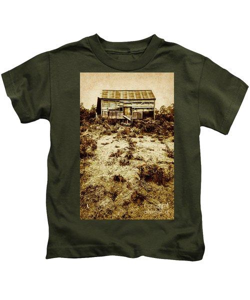Rusty Rural Ramshackle Kids T-Shirt