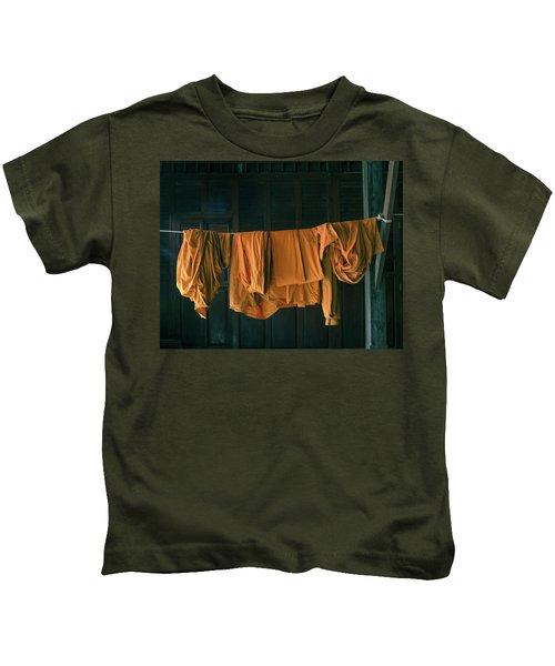 Saffron Robes Kids T-Shirt