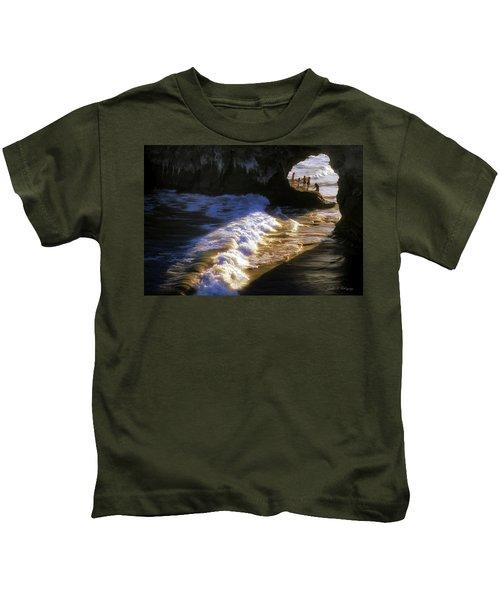 Santa Cruz 'bridge' California Coastline Kids T-Shirt
