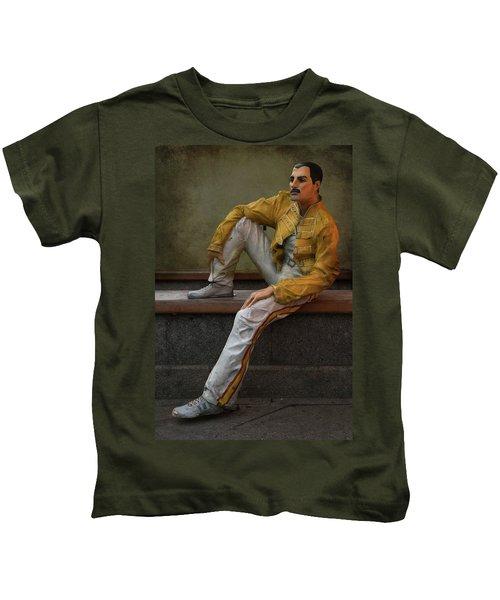 Sculptures Of Sankt Petersburg - Freddie Mercury Kids T-Shirt